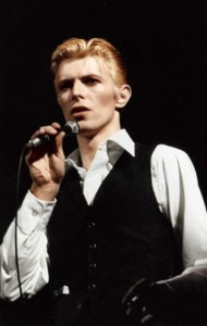 David Bowie performing Young Americans, 1975