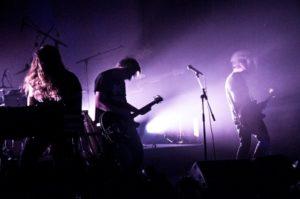 Schwarz - band (Virginie Oreiller)